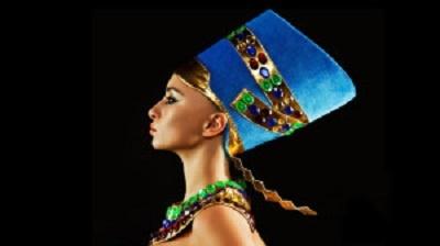 Nefertiti lift : La nouvelle tendance de rajeunissement du visage à suivre
